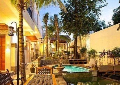 Marbella Villa & Hotel Seminyak Kolam Renang Utama