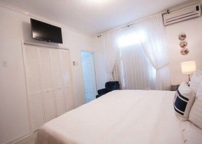 Cattleya\'s New Kingston Guest Apartment