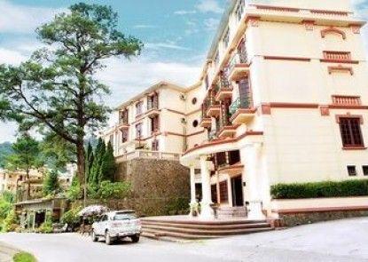 Cay Thong Hotel