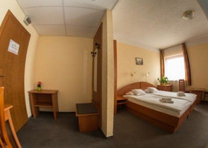 CE Bestline Hotel