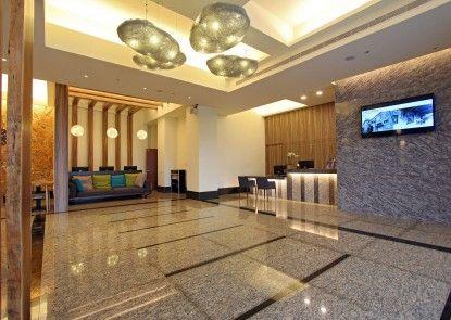 Celebrity 99 Hotel