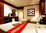 Pesan Kamar Kamar Deluks, 2 Tempat Tidur Queen di Cello Hotel