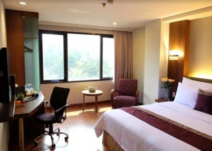 Cemara Hotel Kamar Tamu
