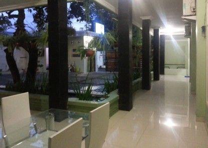 Cemara Residence Yogyakarta Teras
