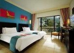 Pesan Kamar Deluxe Room di Centara Kata Resort Phuket