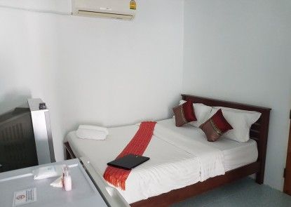 Chaam Guesthouse