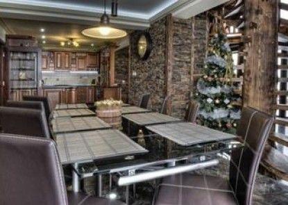 Chalets Mountain Resort