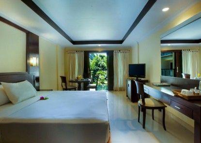 Champlung Mas Hotel Kamar Tamu