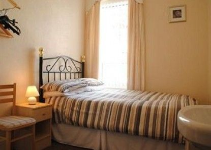 Chaplins Hotel - Guest house Teras