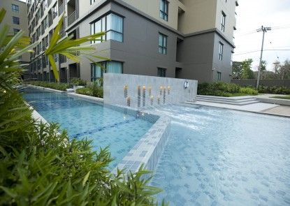 Charming Pool View by Rain Cha Am