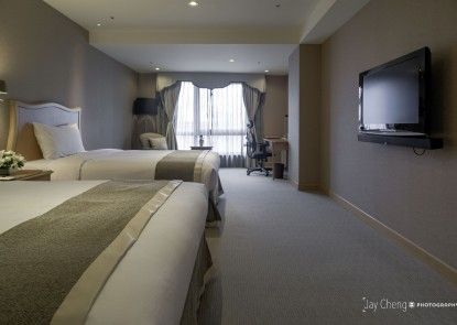 Chateau de Chine Hotel Sinjhuang
