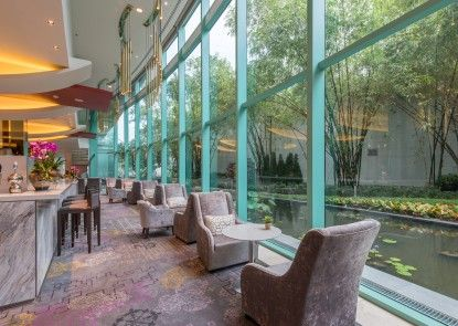 Chatrium Hotel Riverside Bangkok Lounge