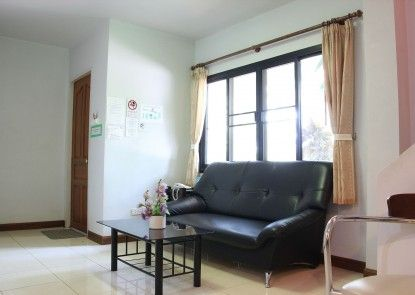 Chayada Garden House and Resort Hotel