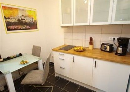 CheckVienna – Apartment Kroellgasse