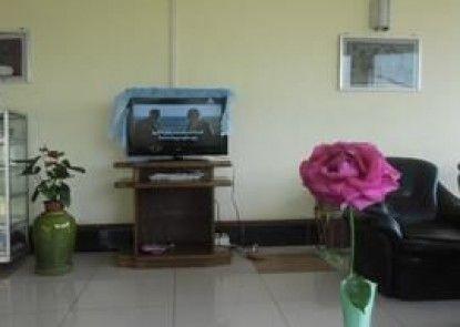 Cherry May Hotel, Pyin Oo Lwin