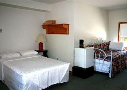 Chestnut Grove Resort