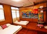 Pesan Kamar Family Air-con Room di Chezmoi Handicraft & HomeStay