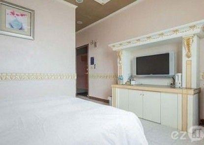 Chiao-Yu Inn
