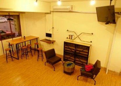 Chiayi Petite Hostel