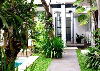 Chic Quarter Residence Taman