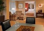 Pesan Kamar Suite Eksekutif, 1 Kamar Tidur di Chicago Marriott Suites Downers Grove
