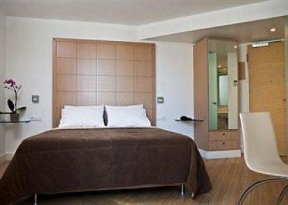 Chic Hotel