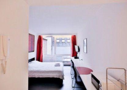 Chic suisse flat - Metro Louise