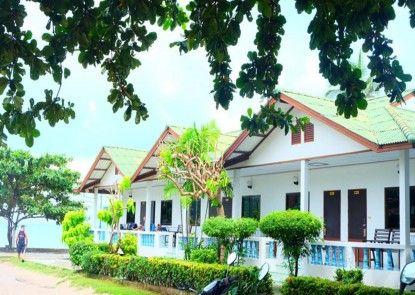 Choeng Mon Beach Hotel and Spa