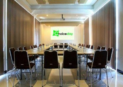 Choice Stay Hotel Denpasar Ruang Pertemuan