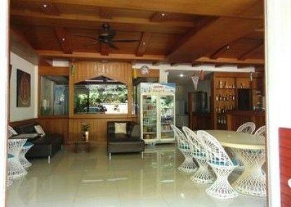 Chollada Inn