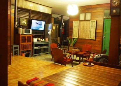 Chommuang Guest House