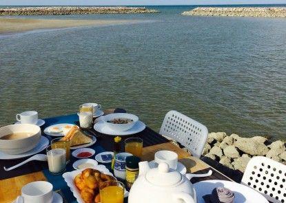 Chomtalay Resort at Had Chaosamran Beach