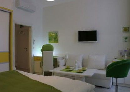 CH-Wellness Apartments & Rooms