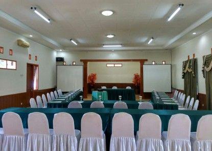 Ciloto Indah Permai Ruangan Meeting