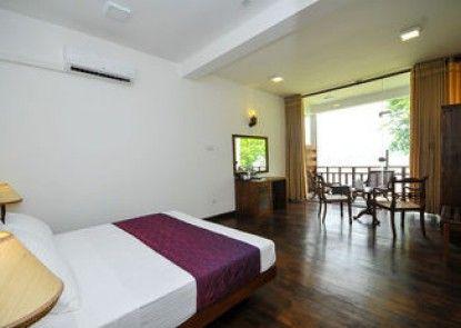 Cinnamon Palace Hotel