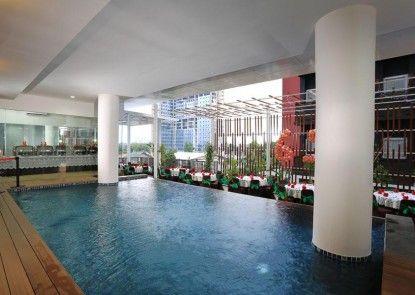 Cipta Hotel Pancoran Kolam Renang