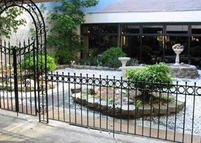 City Line Hotel