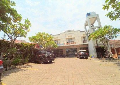 City One Hotel Semarang Tempat Parkir