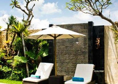 CK Luxury Villas & Spa Kolam Renang