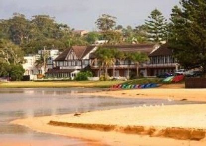 Clan Lakeside Lodge Terrigal