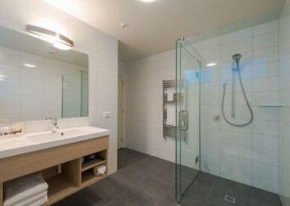 Clarion Suites @ The Ambassador Hotel
