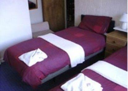 Clarron House Hotel
