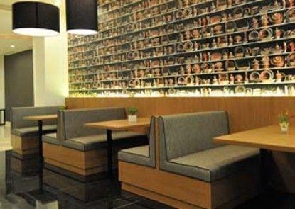 Clay Hotel Jakarta Rumah Makan