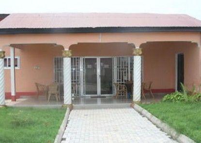Clinton Lodge and Restaurant (Forma Asempa Lodge)