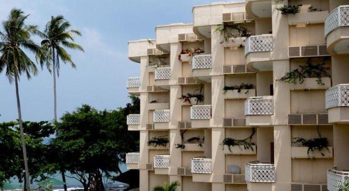 Hawaii Resort Family Suites @Anyer Beach, Serang