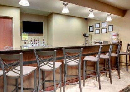 Cobblestone Inn & Suites -- Schuyler, NE