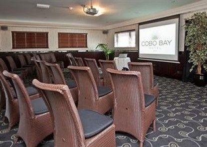 Cobo Bay Hotel