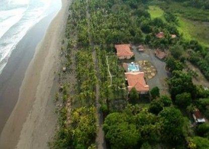 Cocomar Beachfront Hotel and Island Resort