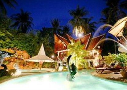 Coco Palace Resort
