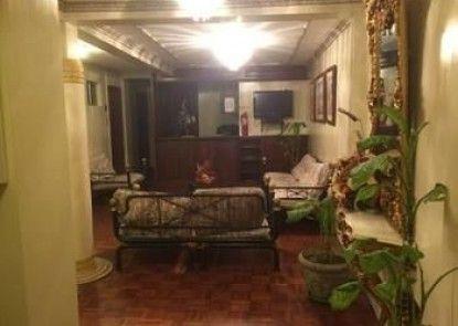 COLONY INN HOTEL